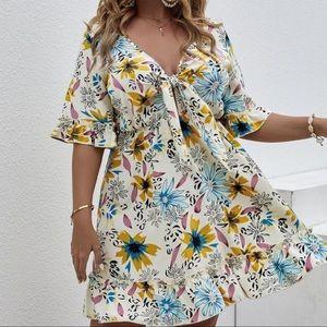 PLUS SIZE Floral Print Front Tie Ruffle Mini Dress